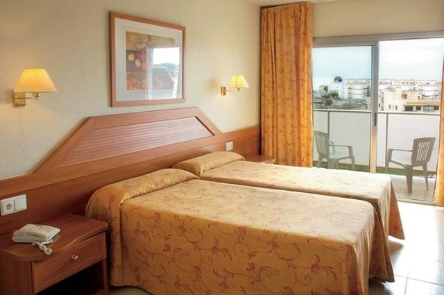 Отель 4 звезды 4