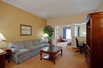 Country Inn & Suites By Carlson Bloomington West