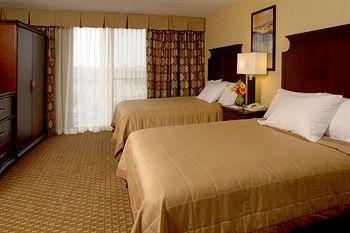 Embassy Suites Hotel Bloomington