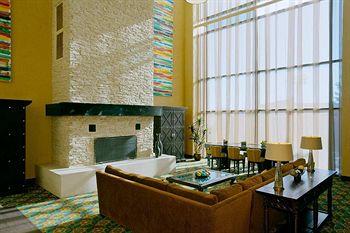DoubleTree by Hilton Hotel Santa Fe