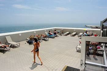 Flagship All-Suites, a fantaSea Resort
