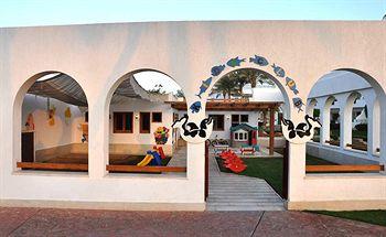 Sejururi Hilton Sharm Waterfalls Resort