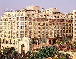 Sejururi Golden Tulip Vivaldi Hotel