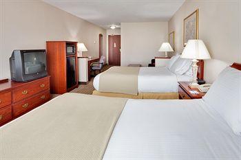 Holiday Inn Exp Irondequoit