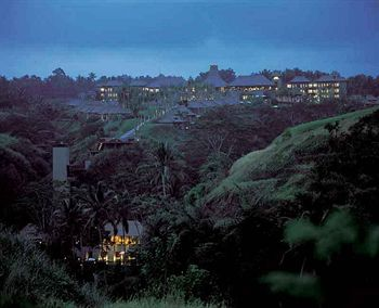 Cazare Maya Ubud Resort and Spa
