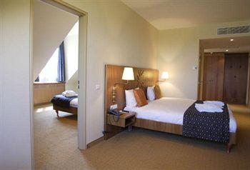 Cazare Dream Castle Hotel at Disneyland Paris