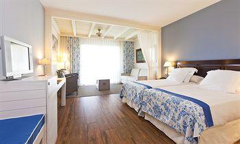 Cazare PortAventura Hotel Caribe