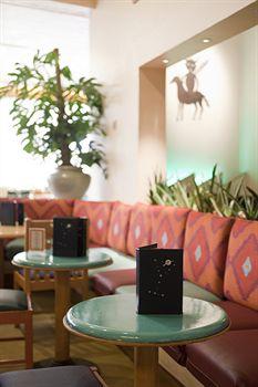 Cazare Disney's Hotel Santa Fe