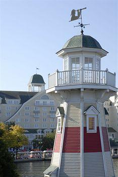 Cazare Disney's Newport Bay Club