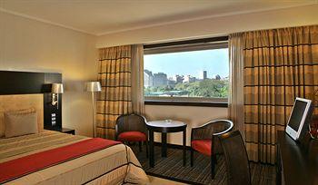 Cazare SANA Lisboa Hotel