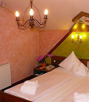 Cazare Hotel St Peter de luxe