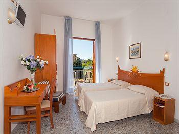 Hotel Club - Sorrento