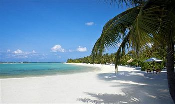 Cazare Sheraton Maldives Full Moon Resort & Spa