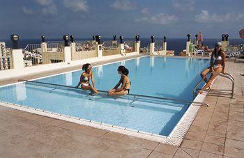 Sejururi Hotel Santana