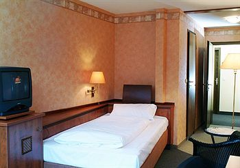 Abarin Hotel
