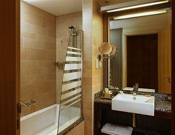 Sejururi Amwaj Rotana - Jumeirah Beach Residence - Dubai