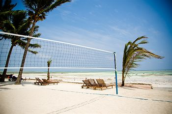 Cazare Bluebay Beach Resort And Spa