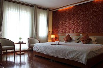 An Hung Hotel