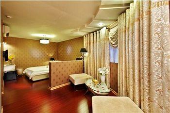 A&EM Hotel 8A Thai Van Lung