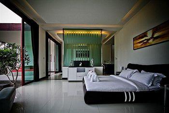 Black Lotus Resort