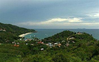 Baan KanTiang See Panorama Villa Resort