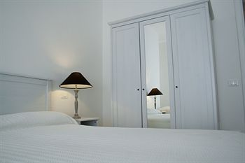 Artemide Bed & Breakfast