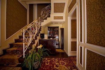 Anagennisis Hotel