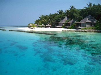 Cazare Gangehi Island Resort