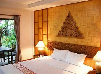 100 Islands Resort & Spa
