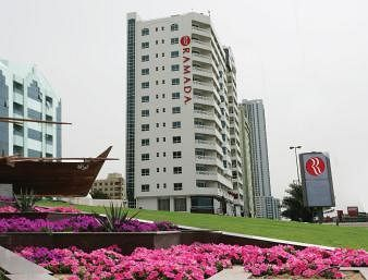 Cazare Ramada Beach Hotel Ajman