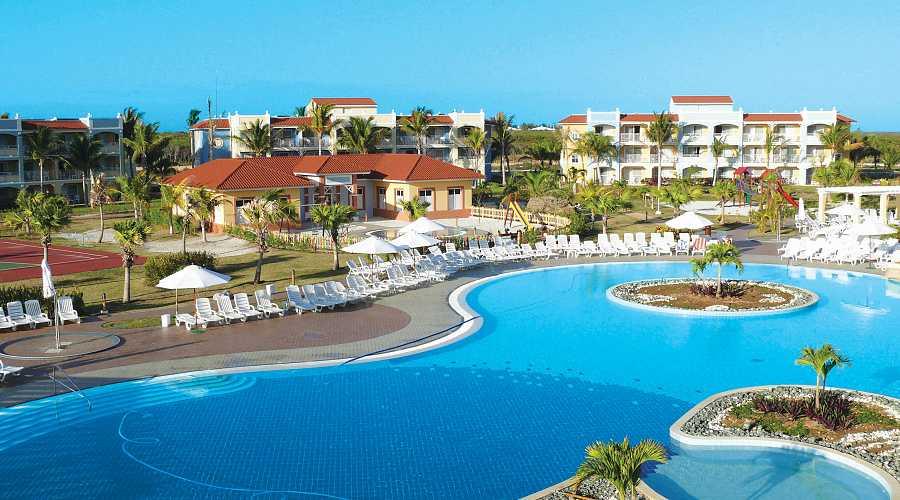 Memories Flamenco Beach Resort Transat