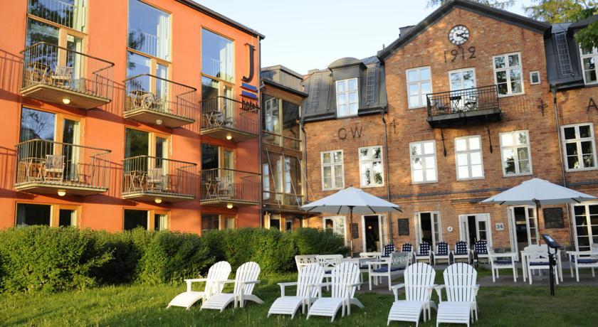 cazare stockholm hotel j 4 superior alltur. Black Bedroom Furniture Sets. Home Design Ideas
